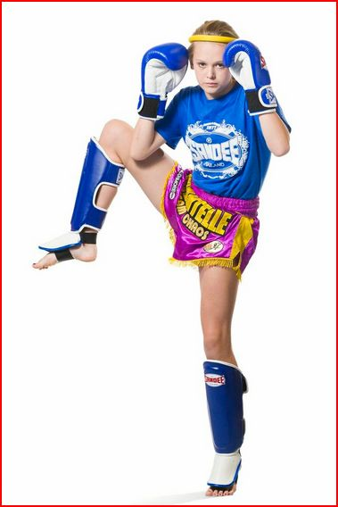 Chantelle Tippett Thai Boxer