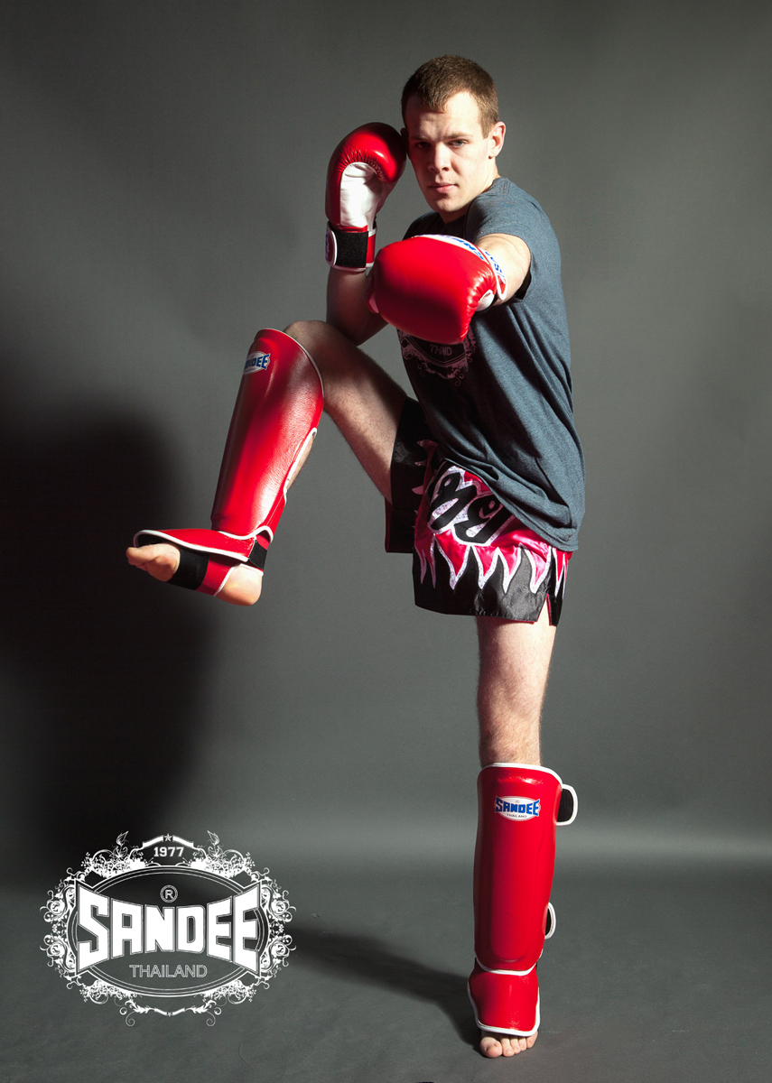 Andrew Lofthouse Muay Thai Fighter