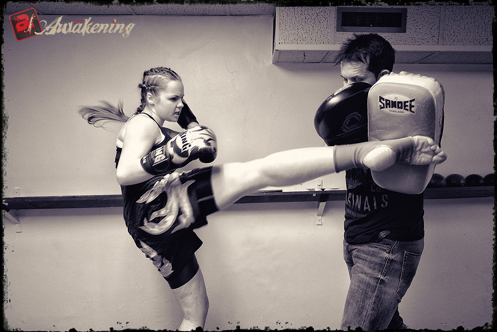 Luaren Huxley Thai Boxing Kick