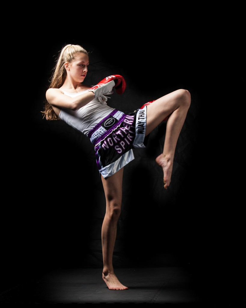 Over Foreign Women Muay Thai 3