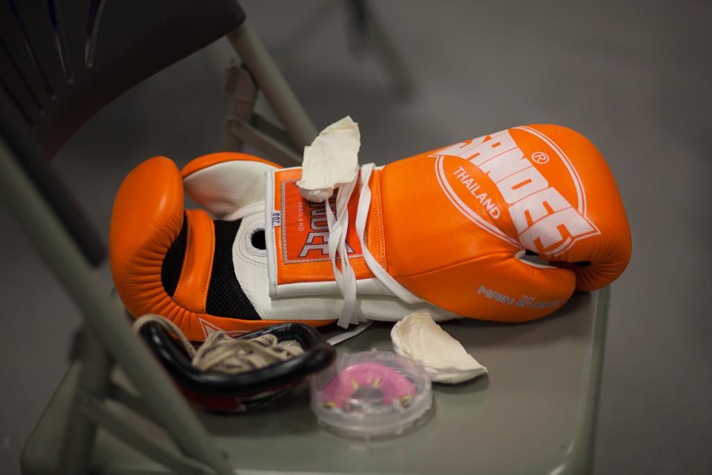 Gloves-0545