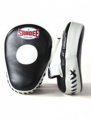 Sandee Leather Black & White Curved Focus Mitt
